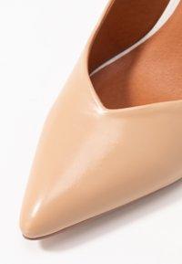 Wallis - PICASSO - Zapatos altos - nude - 2