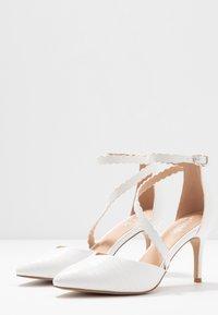 Wallis - CINDERS - Classic heels - white - 4