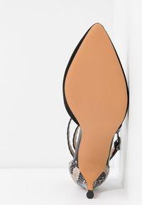 Wallis - CINDERS - Classic heels - black - 6