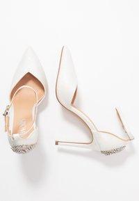 Wallis - CLEMETIS - High heels - white shimmer - 3