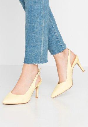 CAMBRIDGE - Zapatos altos - lemon