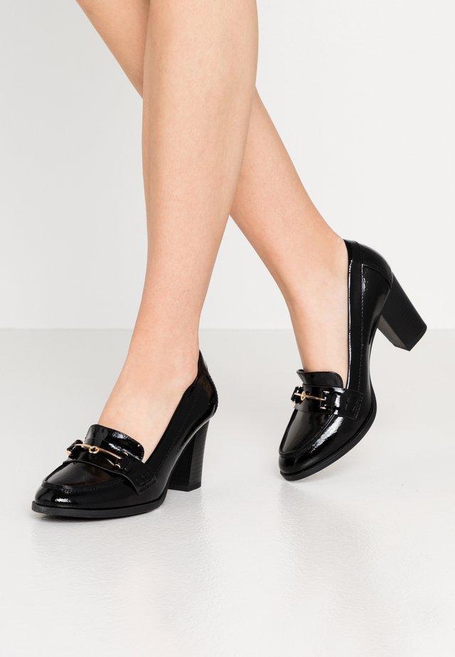 CONQUER - Classic heels - black