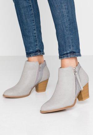 ACAPELLA - Boots à talons - grey