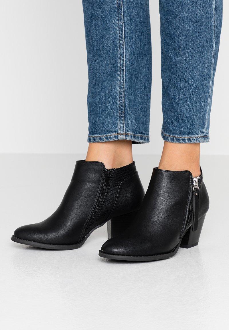 Wallis - ACAPELLA - Boots à talons - black