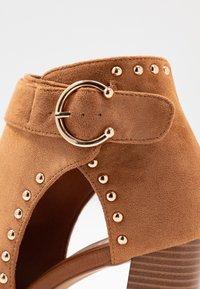 Wallis - SHERLOCK - High heeled ankle boots - tan - 2