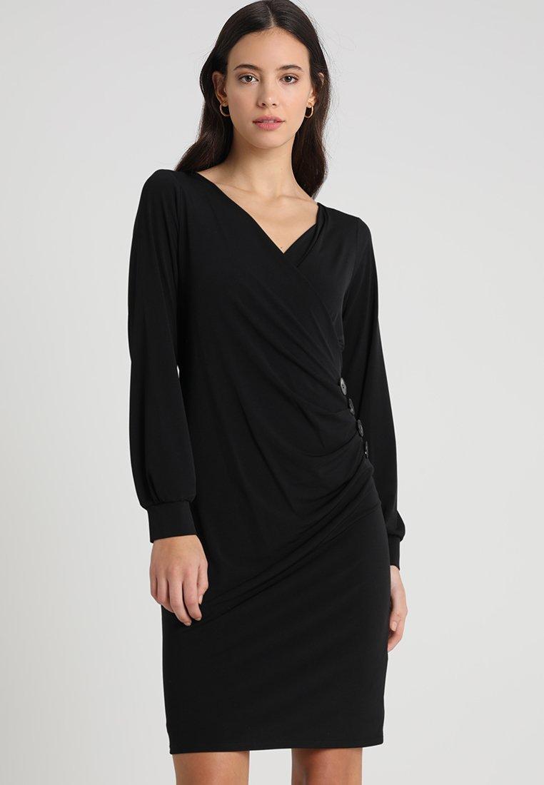 Wallis - BUTTON SIDE WRAP DRESS - Robe en jersey - black