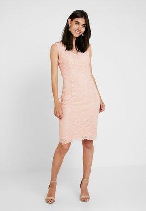 Sukienka koktajlowa - blush