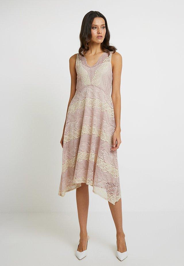 STRIPE HANKY HEM - Cocktail dress / Party dress - blush