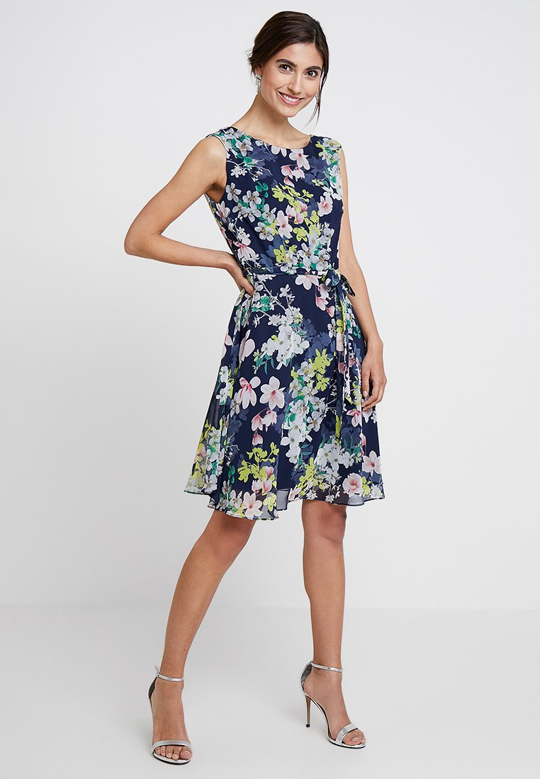 Wallis - PRETTY MAGNOLIA DRESS - Robe d'été - ink