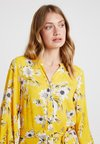 Wallis - DAISY PRINT  DRESS - Vestido largo - yellow