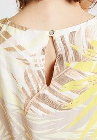 Wallis - Korte jurk - lemon - 6