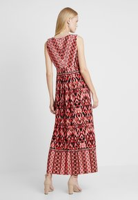 Wallis - Robe longue - red - 3