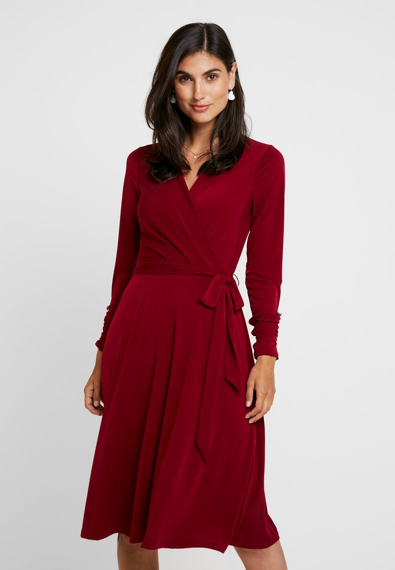 Wallis - WRAP MIDI FIT FLARE DRESS - Jersey dress - berry