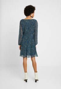 Wallis - DITSY FLORAL DRESS - Vestido informal - blue - 2