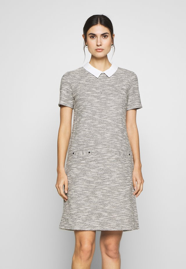 SALT AND PEPPER FLECK DRESS - Vestido de punto - mono