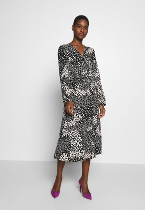 HEART PRINT MIDI DRESS - Vestido informal - black
