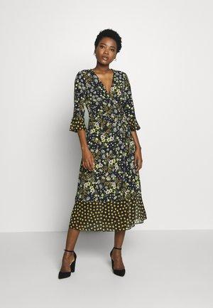 MIX AND MATCH FLORAL DRESS - Vapaa-ajan mekko - black
