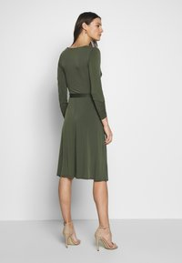Wallis - WRAP FIT AND FLARE DRESS - Jersey dress - khaki/olive - 2