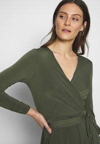 Wallis - WRAP FIT AND FLARE DRESS - Jersey dress - khaki/olive - 3