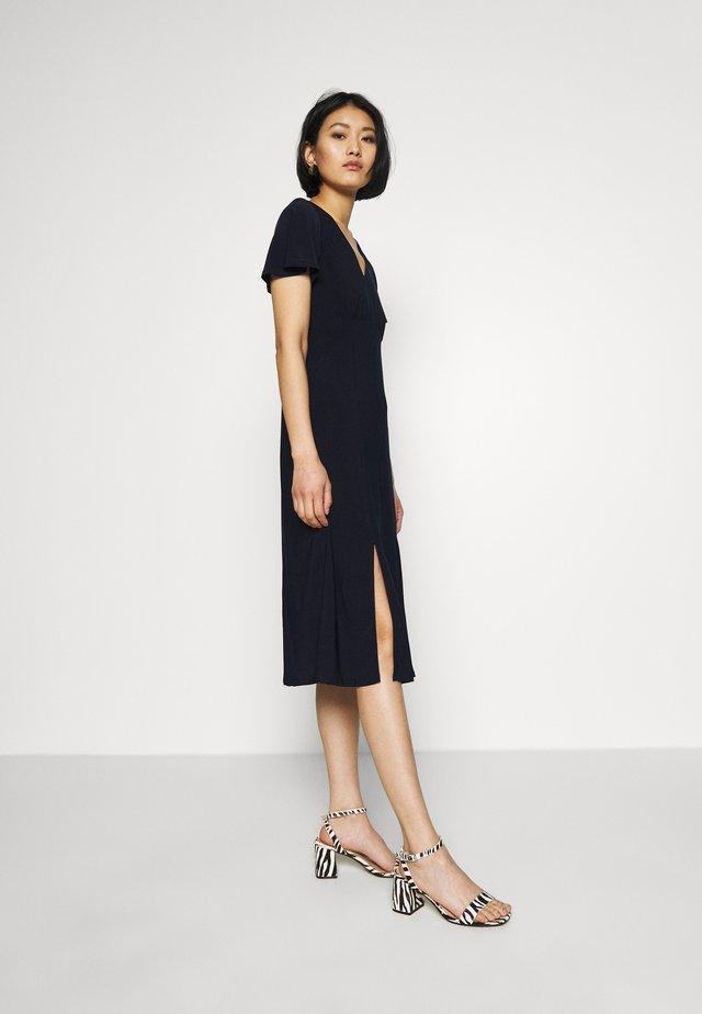 PLAIN SPLIT FRONT MIDI DRESS - Korte jurk - ink