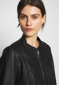 Wallis - PONTE SIDE PANEL - Faux leather jacket - black - 3
