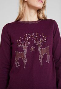 Wallis - Pullover - berry - 4