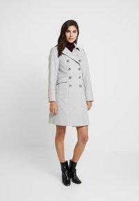 Wallis - Manteau classique - grey - 0