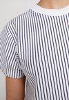 Wemoto - SURRY STRIPED - T-Shirt print - white/navyblue