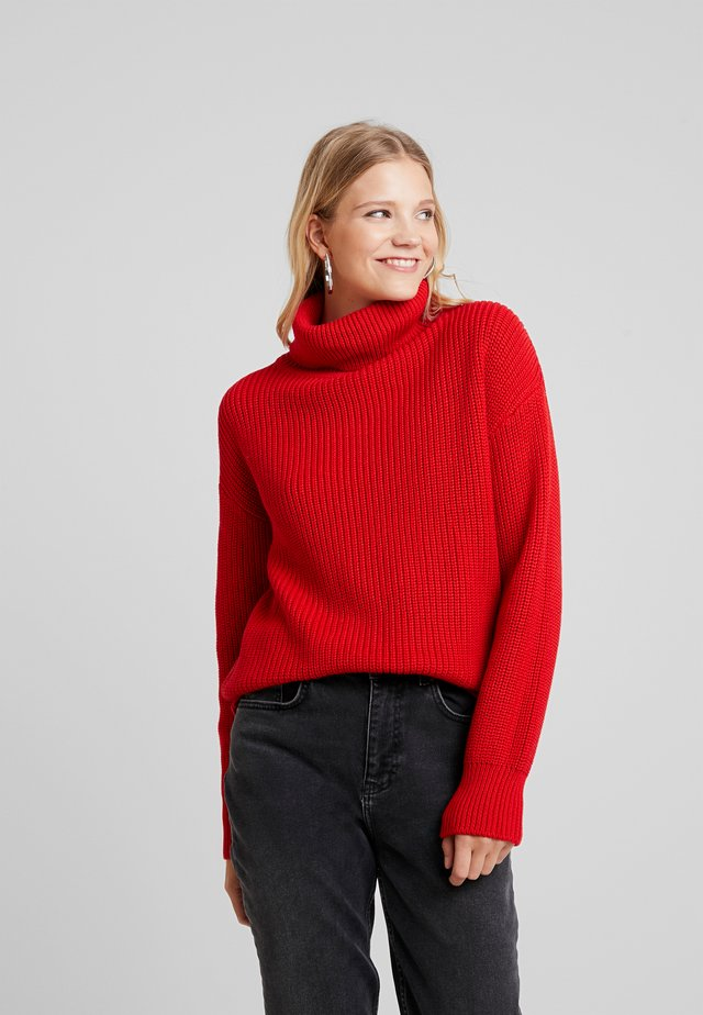 FINJA - Strickpullover - red