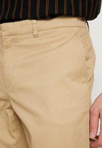Wemoto - JOEL - Pantalon classique - sand - 3