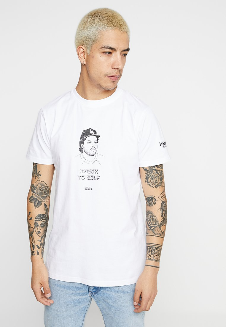 Wemoto - BETTER TEE - Camiseta estampada - white