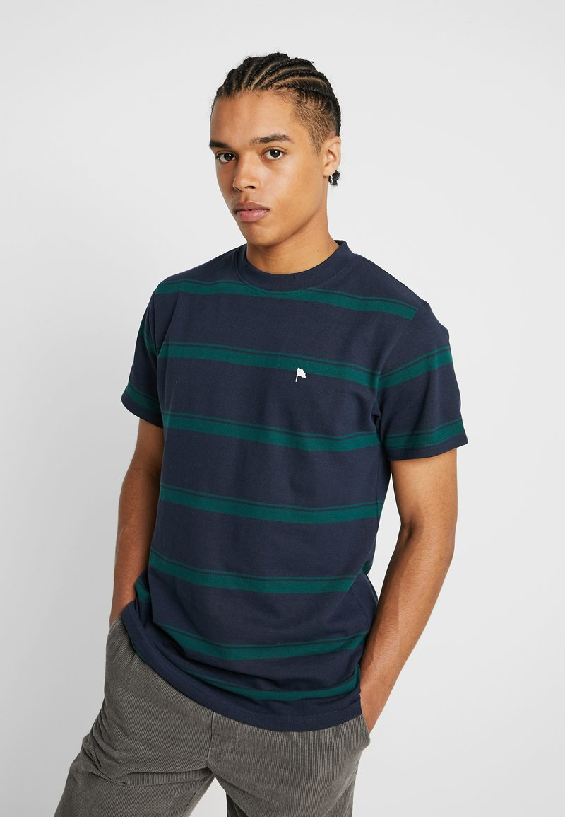 Wemoto - ARTHUR - T-shirt con stampa - navy blue/dark green