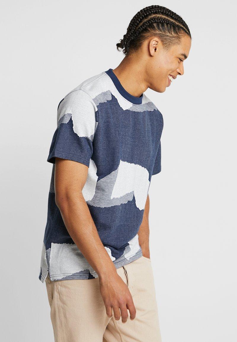 Wemoto - FORT - Camiseta estampada - navy blue