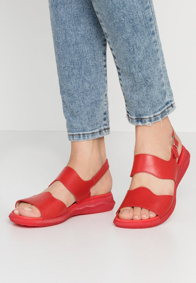 Sandály - rojo