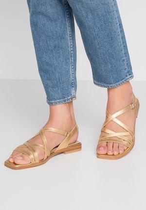 Sandály - golden