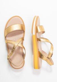 WONDERS - Sandals - golden - 3