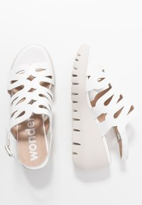 WONDERS - Korkeakorkoiset sandaalit - offwhite - 3