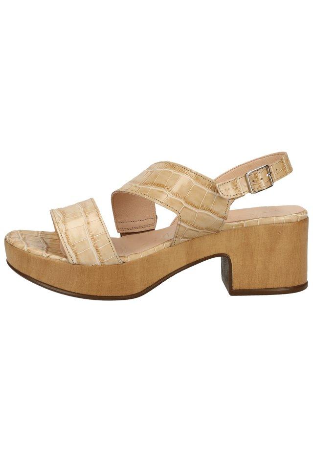 WONDERS SANDALEN - Platform sandals - coco sand