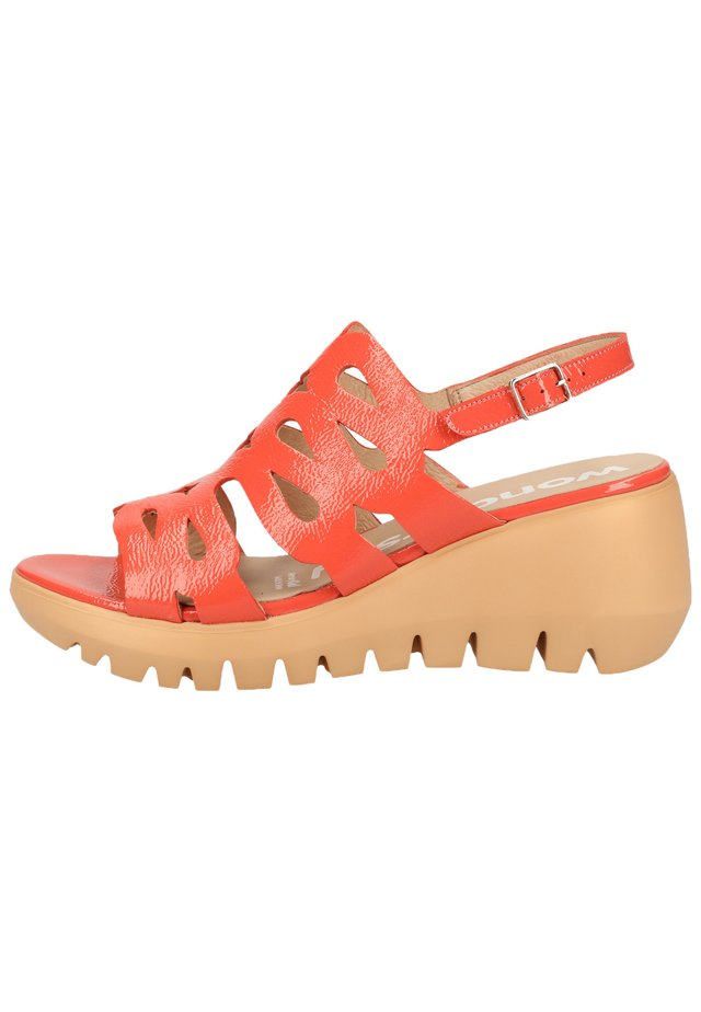 WONDERS SANDALEN - Platform sandals - lack coral