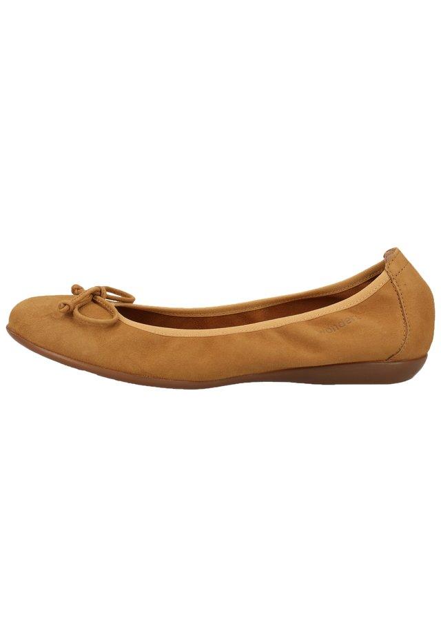 WONDERS BALLERINAS - Ballet pumps - ante sand