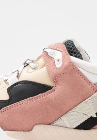 Won Hundred - CHERLEE - Trainers - multicolor/colour antique rose - 2