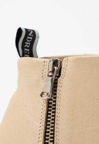 Won Hundred - CARMEN - Ankle boots - crème - 2