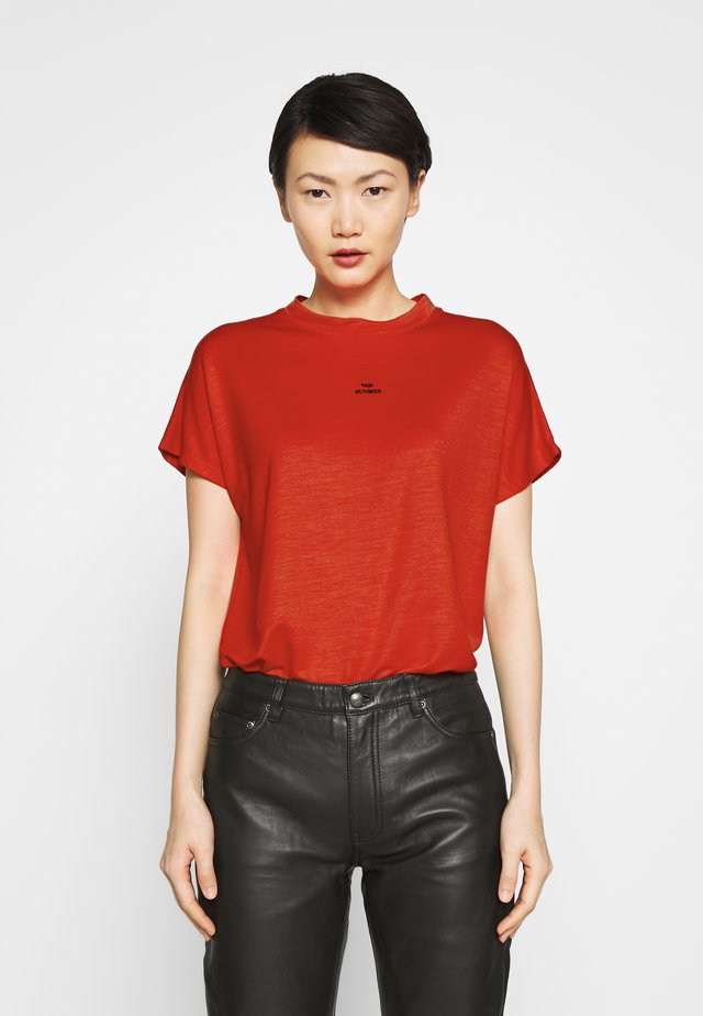 T-shirt - bas - poinciana red
