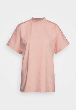 BROOKLYN - T-shirts basic - coral cloud