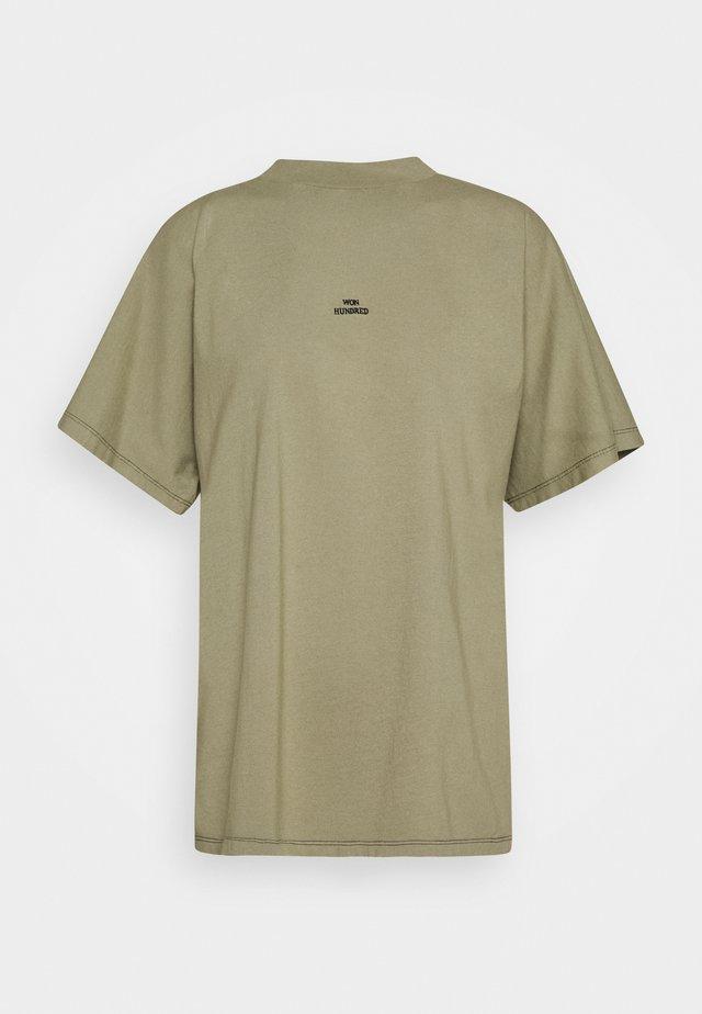 BROOKLYN VINTAGE - T-shirts med print - vetiver