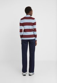 Won Hundred - ALEENA STRIPE - Strikkegenser - wine/fog - 2