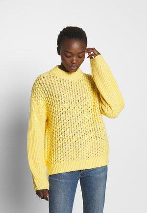 GAZELLE - Strickpullover - yolk yellow