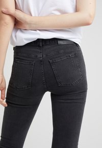Won Hundred - PATTI - Jeans Skinny Fit - charcoal - 4