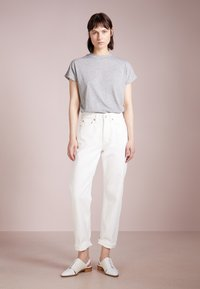 Won Hundred - PEARL - Jeans Relaxed Fit - tinted white - 1