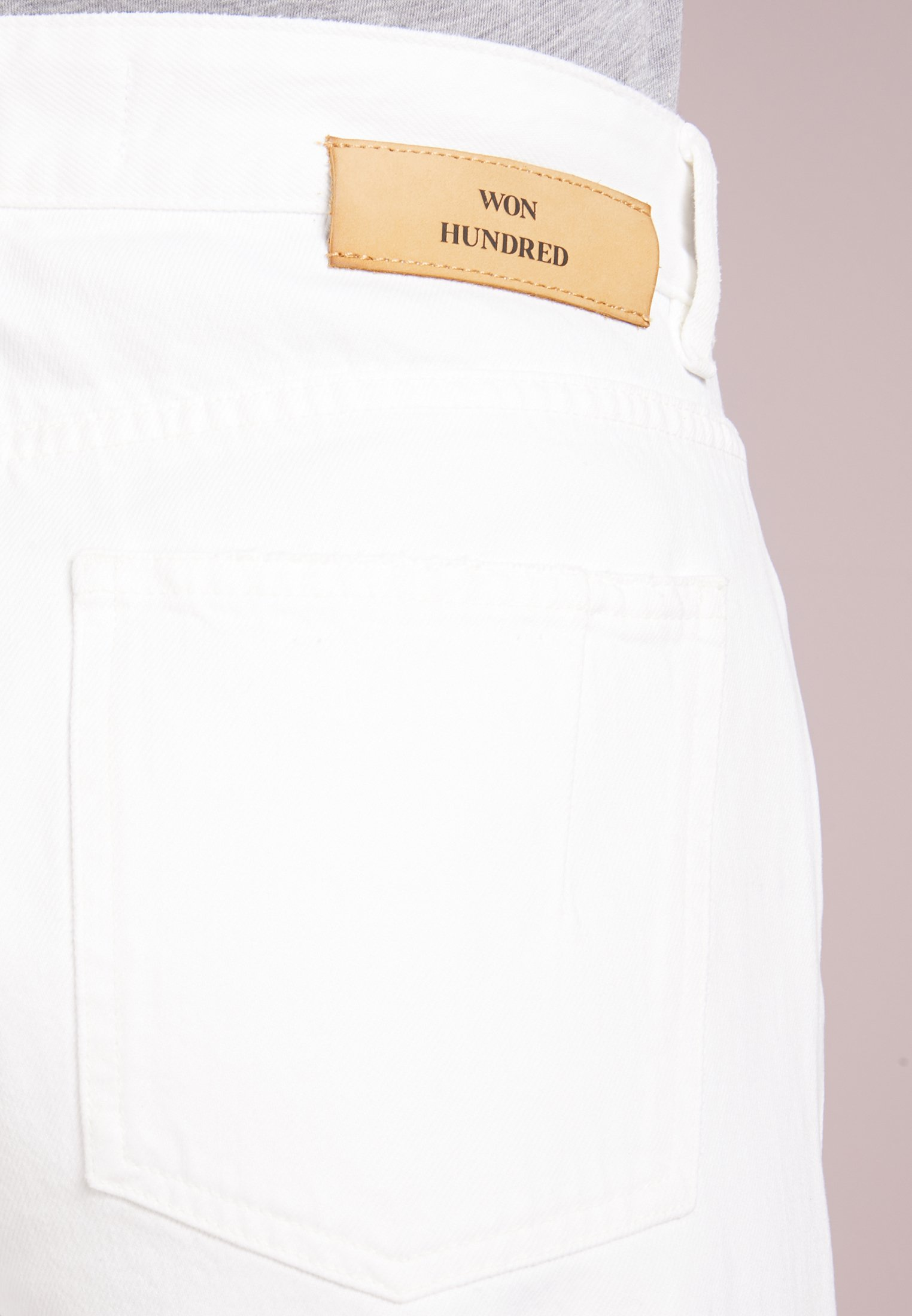 Won Hundred PEARL - Jeansy Relaxed Fit - tinted white